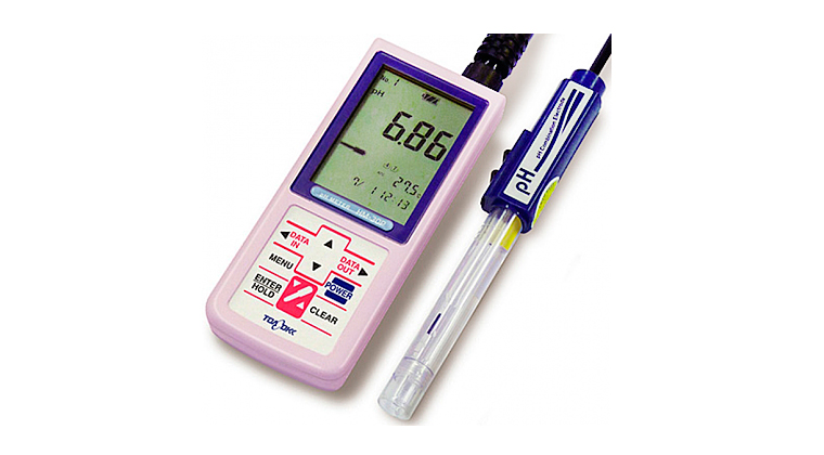 high-tec-monitor-calidad-ph-agua.jpg